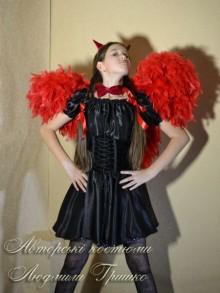 фото костюм чертенка с крыльями и рожками на обруче