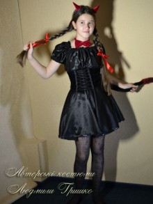 авторский костюм чертика для девочки фото
