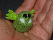 монстрик - валяная игрушка ручной работы фото 4