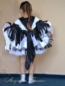 авторский костюм сороки для девочки фото вид сзади