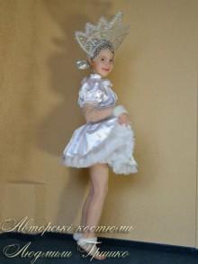 фото маскарадный новогодний костюм снежинка