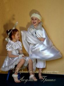 фото костюм Снежного Стража и Снежинки