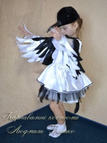 костюм сороки для девочки фото акцент на крылья