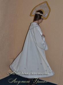 костюм снегурочки белый фото вид короны ссзади