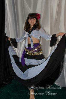 цыганский костюм фото с платком