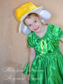 фото авторский костюм цветка нарцисса для девочки