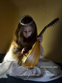 фото костюм принцессы с диадемой