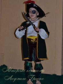 авторский карнавальный костюм разбойника для мальчика фото
