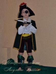 костюм разбойника для мальчика фото