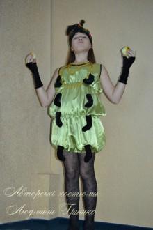 костюм гусеницы для девочки фото