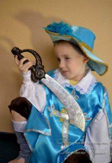 мушкетер фото карнавального костюма