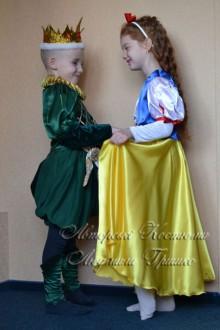 Белоснежка и принц фото вид сбоку