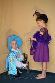 мушкетер и дама фото костюмов вид сбоку
