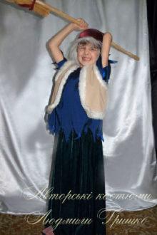 костюм бабы яги с метлой для маленькой девочки фото