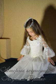 фото костюм золушки на балу для евочки