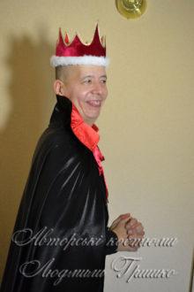 карнавальный костюм кащея бессмертного в красной короне фото