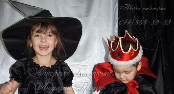 фото костюм маленькой ведьмы на Halloween для девочки