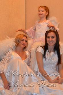 фото карнавальных костюмов для взрослых и детей - три ангела