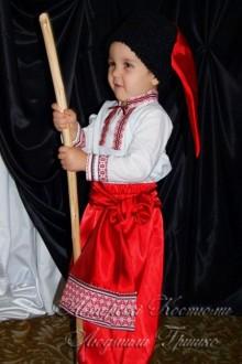украинский костюм для мальчика фото в шапке