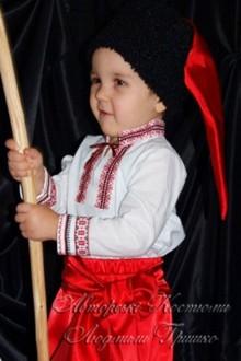 детский украинский костюм фото крупным планом