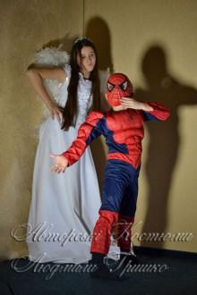 ангел и спайдермен костюмы на halloween