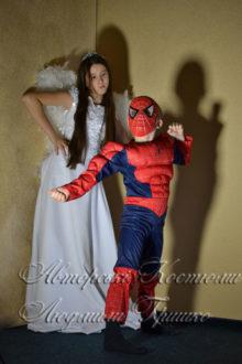 ангел и спайдермен карнавальные костюмы на halloween