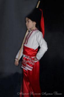костюм козака вид сбоку фото