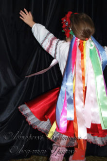 костюм украинки фото вид сзади