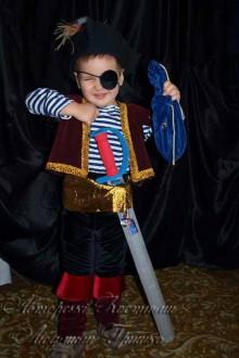 авторский костюм разбойника пирата фото