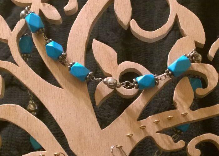 фото подставка для ювелирных украшений ручной работы