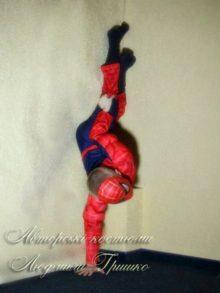 костюмы супер-героев спайдермен фото