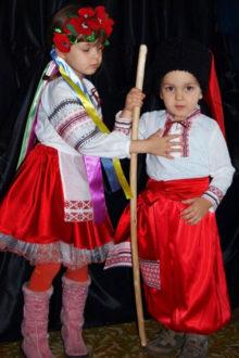 украинские народные костюмы для детей фото
