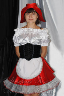костюм красной шапочки фото в фартуке