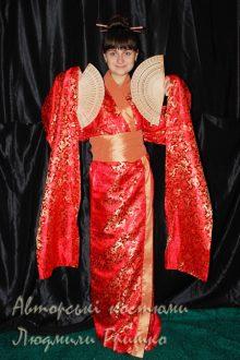 кимоно фото карнавального японского наряда