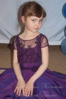 нарядное платье фото деталей ручной вышивки крупным планом