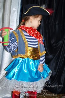 карнавальный костюм пиратки фото