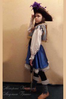 пиратский костюм фото вид сбоку
