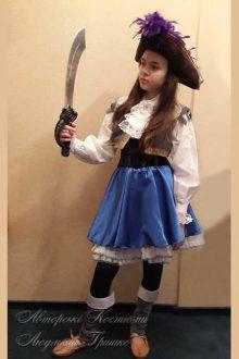 пиратский костюм фото авторского костюма для девочки