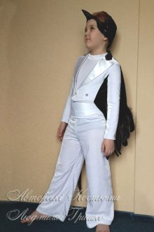 авторский костюм ласточки для мальчика фото