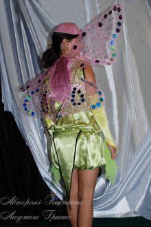 костюм бабочки фото вид со спины