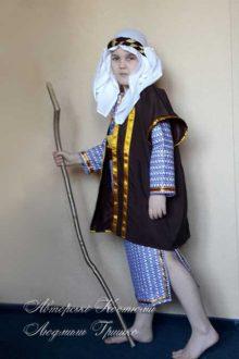 костюм пастуха фото вид сбоку