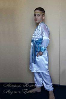 старославянский костюм для мальчика фото вид сбоку