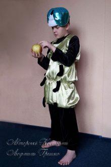 новогодний костюм гусеницы для мальчика фото