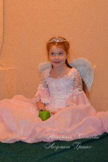 розовый ангел фото детского костюма