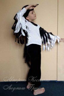 детский авторский костюм сороки для мальчика фото