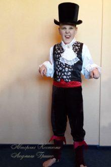 фото костюм вампира на halloween