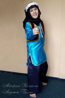 восточный костюм для мальчика фото в голубой тунике