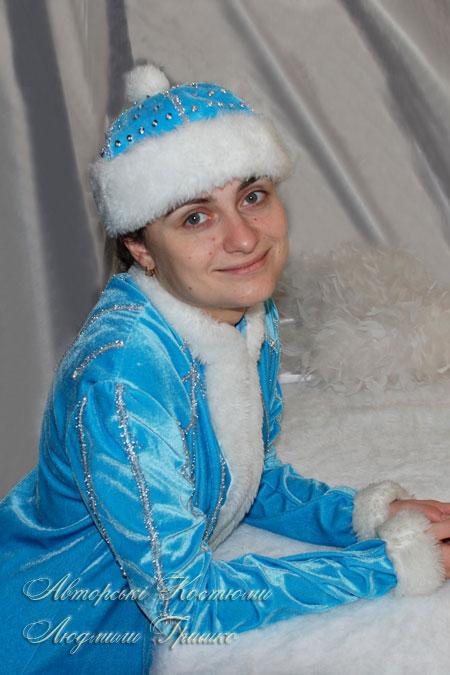 костюм снегурочка в голубой шапочке