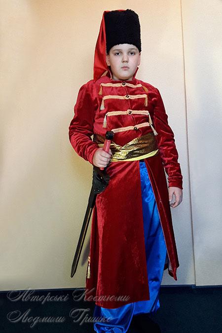 костюм стрельца в кафтане с мечом