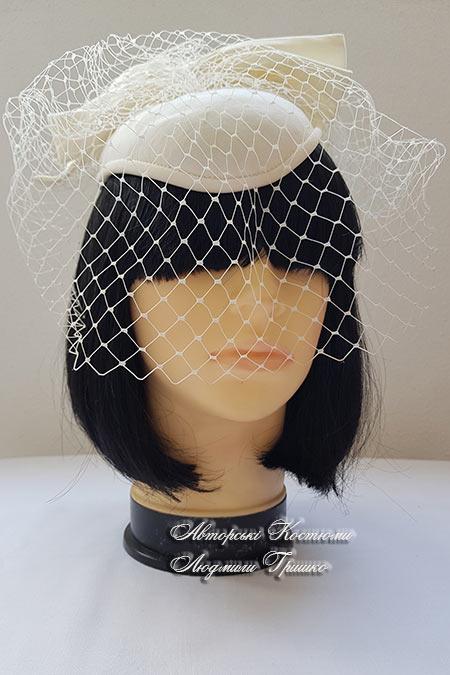 шляпка для вечеринки в стиле hat-party